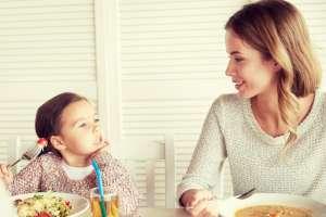 Hoe houden we het gezellig aan tafel?