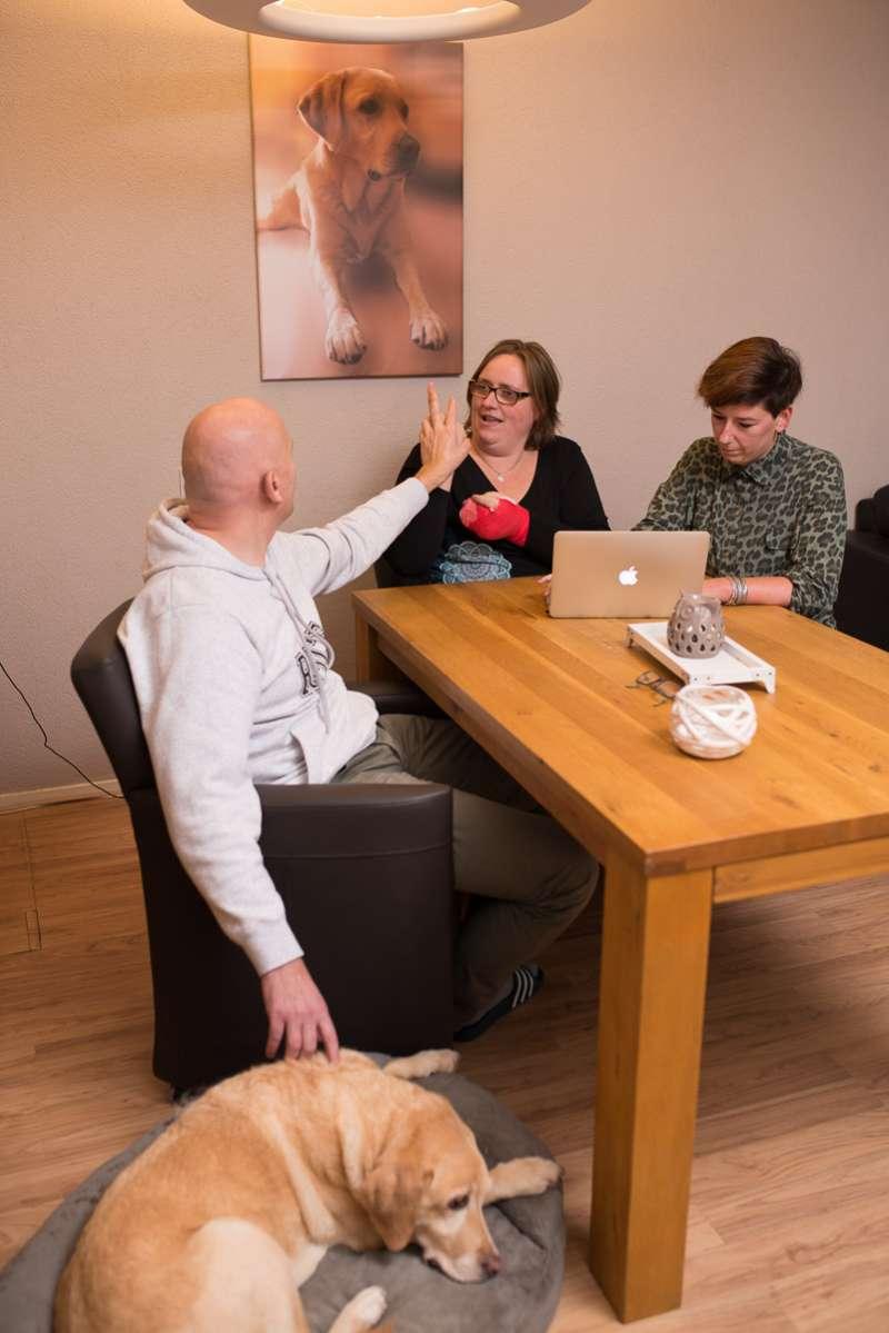 Huishoudelijke hulp bij een doofblinde cliënt