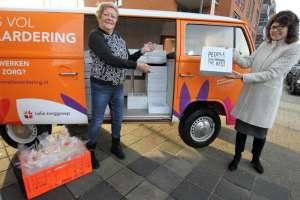 Bus vol waardering voor vrijwilligers Tiendhove