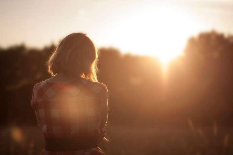 Stop eenzaamheid gezamenlijk en zoek elkaar op